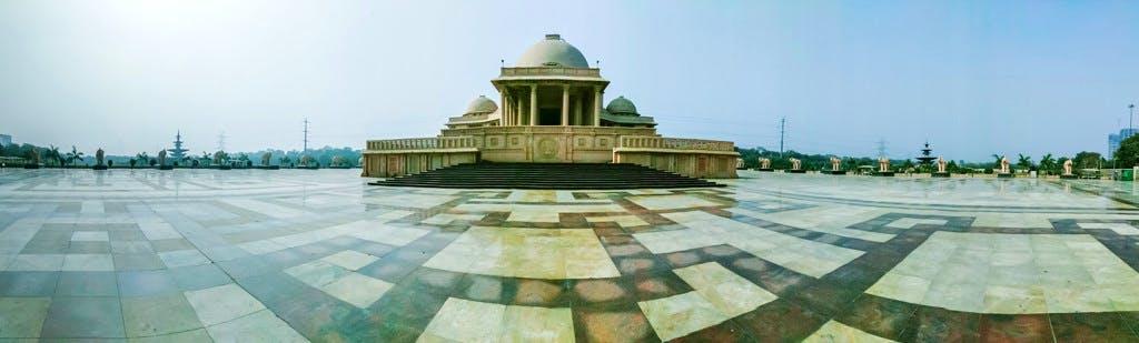 Places in Noida